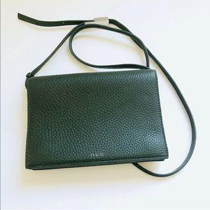 Aritzia Auxillary cross body purse bag Leather